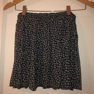 brandy melville floral mini skirt